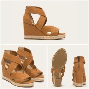 Frye company Roberta strap wedge sandals suede
